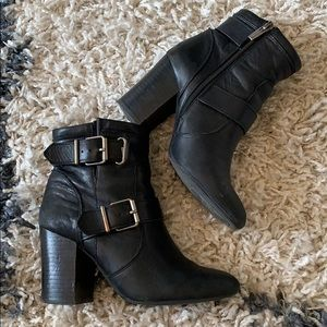 Vince Camuto Simlee Black Leather Booties size 6.5